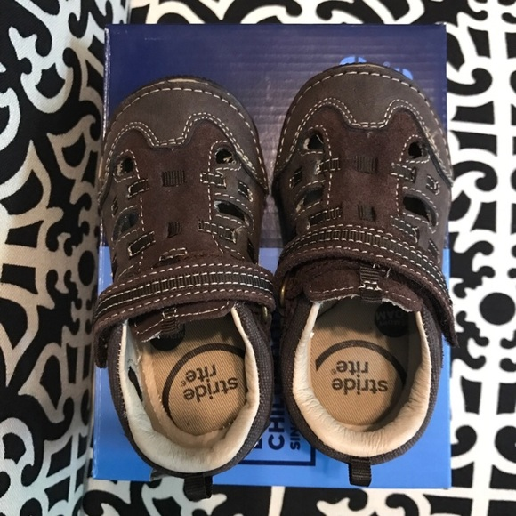 f534bc15d588 Boys Stride Rite Leather Sandals 6 WIDE